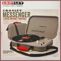 crosley-messenger-portable-turntablebattery-powered3345rpm-gr